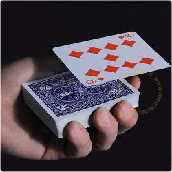 Szybująca karta